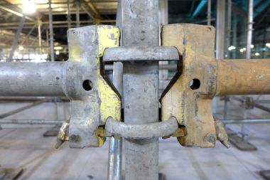 01.08.13   happy scaffold