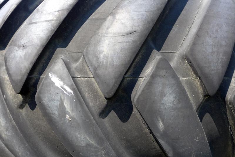 07.21.14 | gigantic tire