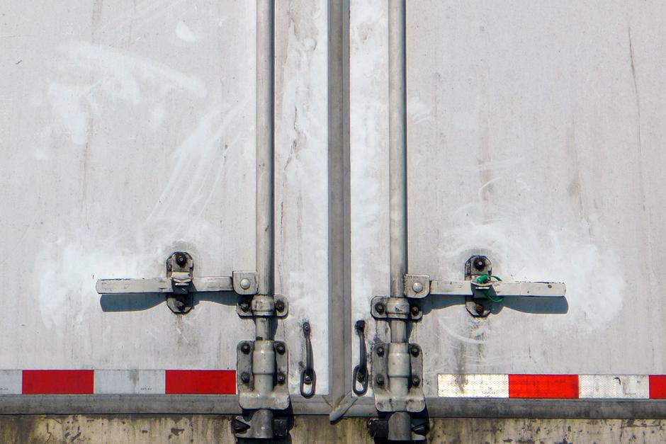 02.11.18 | truck symmetry
