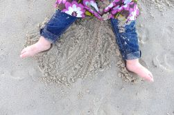 08.14.13   little sandy feet