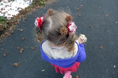 05.04.14   monkey balls in her hair