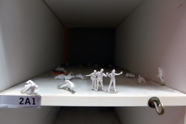 04.04.14 | tiny people in a mail box