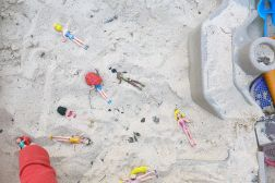 04.19.14 | princesses in the sandbox