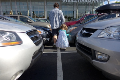 07.04.14 | elsa shops at whole foods