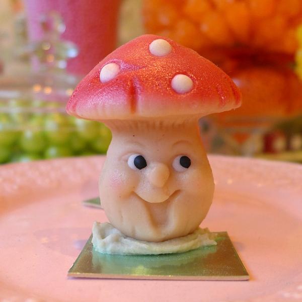 08.14.14 | happy candy mushroom