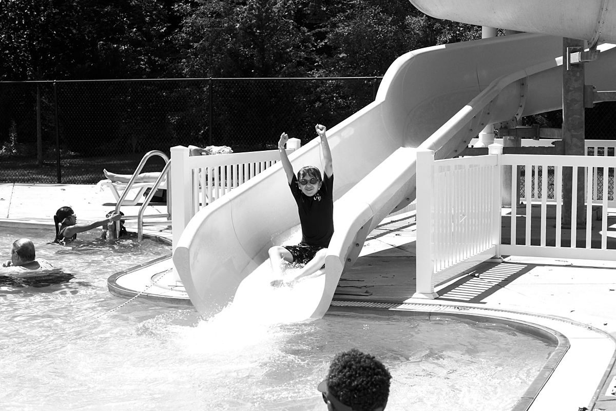 08.02.15   a perfect pool day (in black and white)