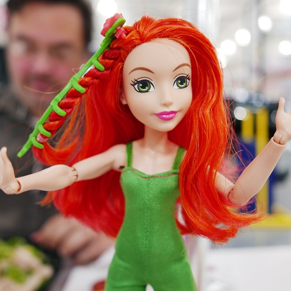 06.06.16   poison ivy goes to costco