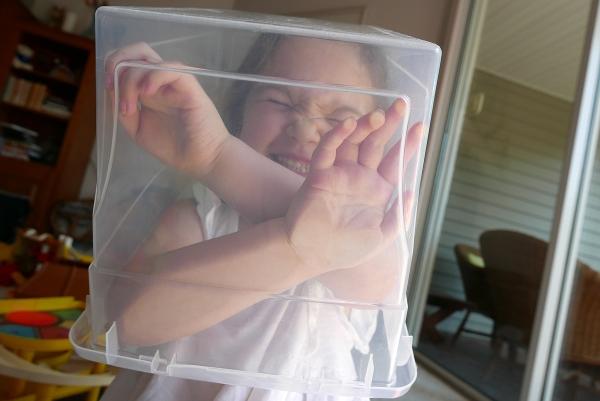 11.02.16 | trapped in a plastic bin