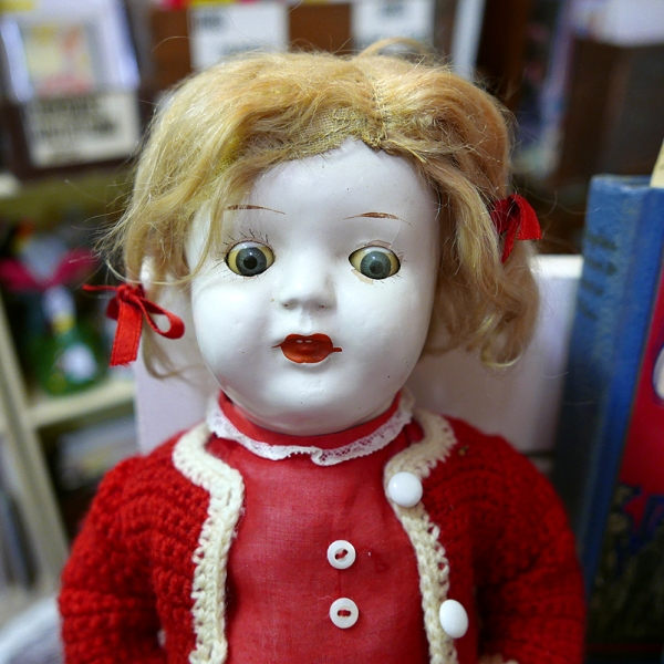 01.08.17 | another super creepy doll