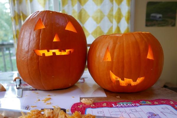 10.29.16 | pumpkin siblings