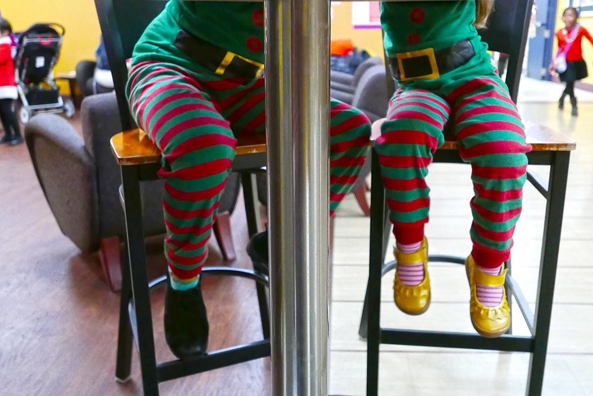 12.09.16 | waiting for santa